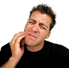 see your Cleveland emergency dentist when you have a toothache